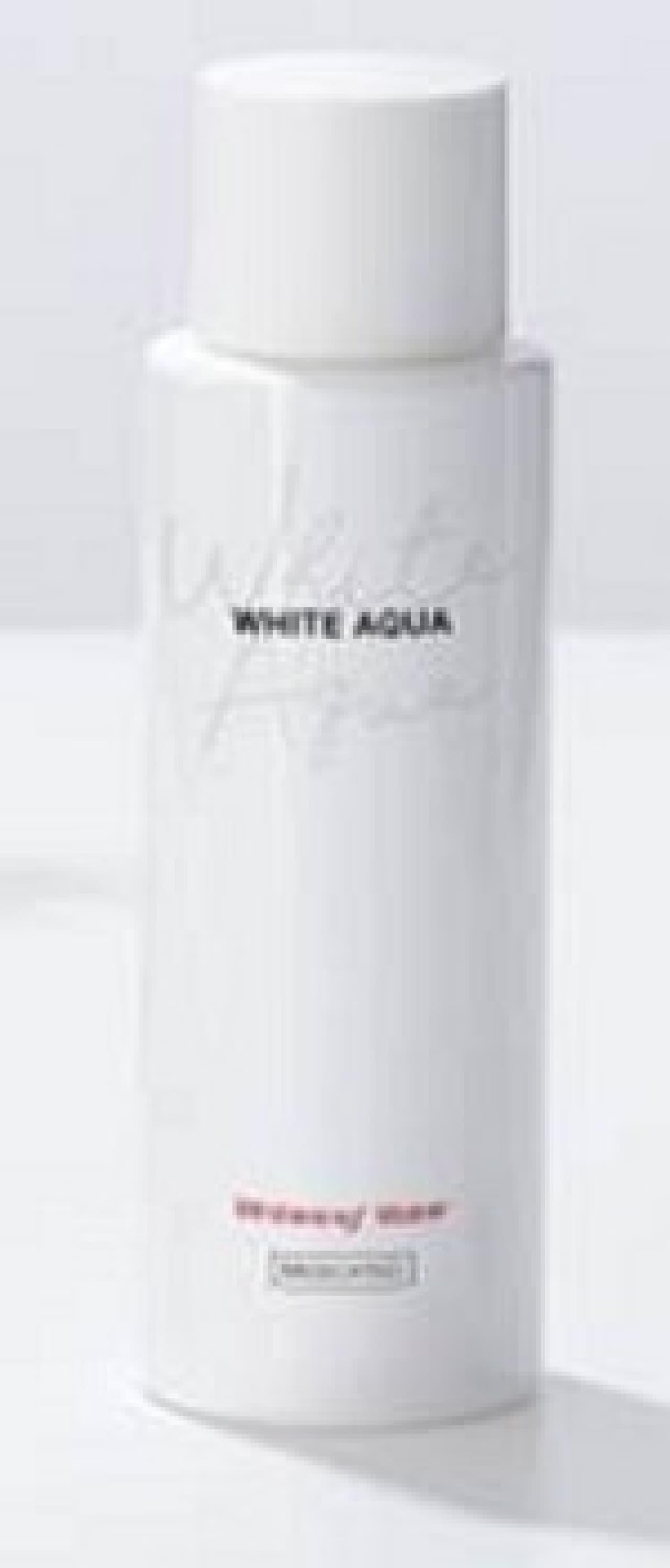 ホワイトアクア 薬用美白水