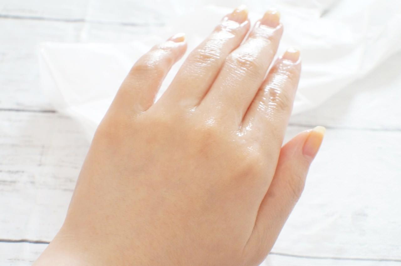 キャンドゥの「ハンドマスク」使用後の手